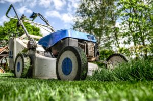 Lawn Mowing Season: How to Do It Better